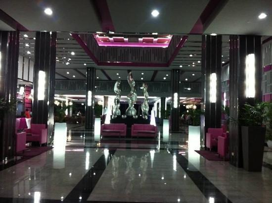 Hotel Riu Yucatan: Lobby