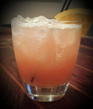 Mojo's Pub n Grill: Strawberry Sunset