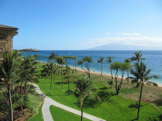 The Westin Kaanapali Ocean Resort Villas: View of Beach and Island of Lanai
