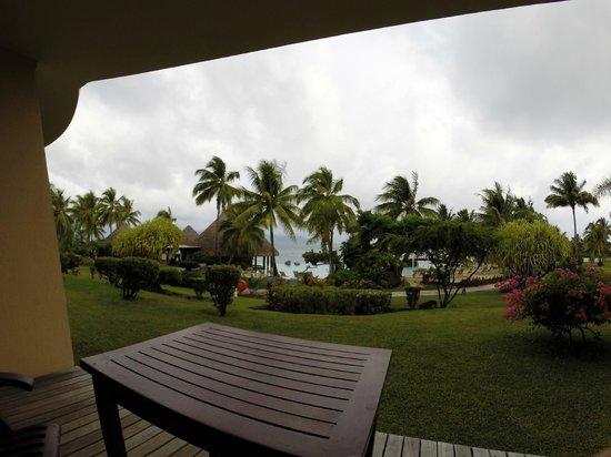 InterContinental Tahiti Resort & Spa : Vista da sacada do quarto 2