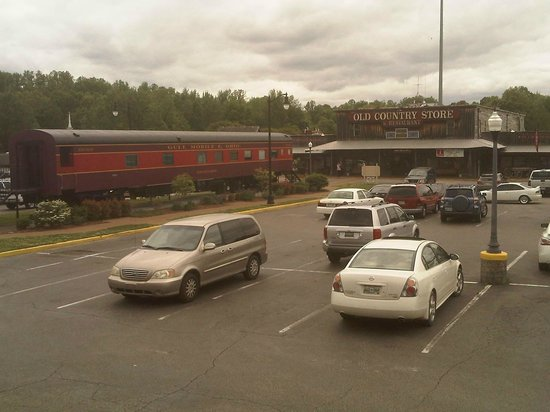 Casey Jones Village : Railcar in the parking lot