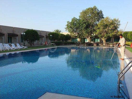 Golden Tulip Nizwa: La piscine
