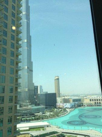 Ramada Downtown Dubai : View of Burj Khalifa and Fountains from balcony