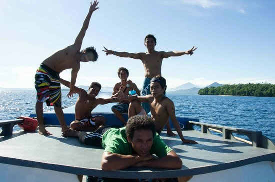 Two Fish Divers Bunaken : The best Crew