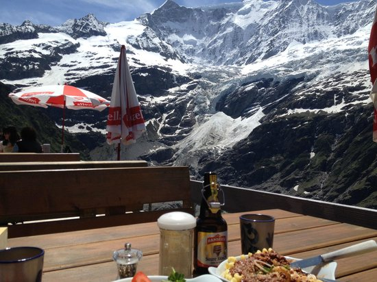Restaurant Berghaus Baregg: Lunch with a View
