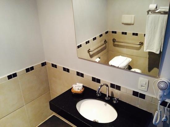 H3 Hotel Paulista: baño