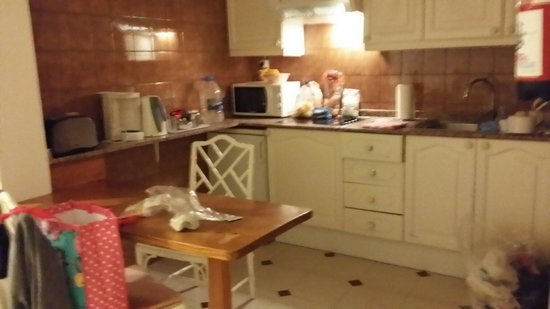 Apartamentos Camels Spring : great kitchen all you need lovely and clean