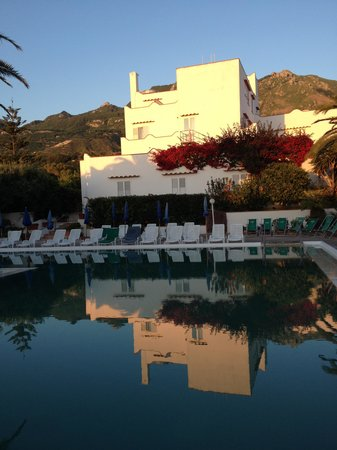 Hotel Terme Royal Palm: Piscina al tramonto
