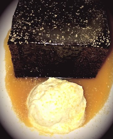 The Nest Bistro: Ginger cake