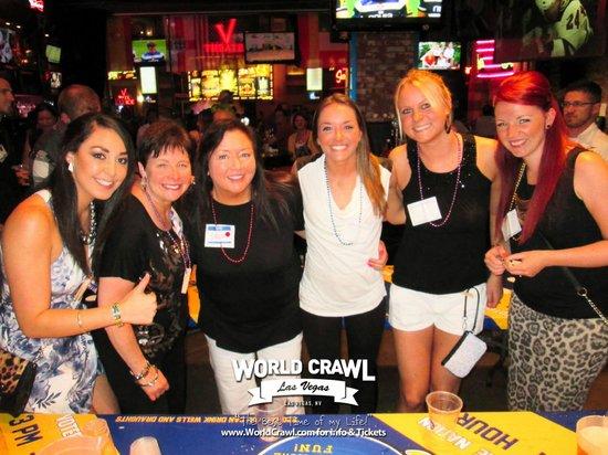 Las Vegas Club Crawl : Me & some new friends!