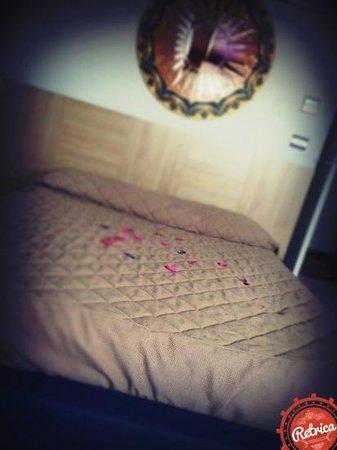 Halanus Hotel & Resort: letto 2