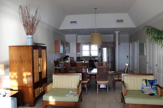 Alexandra Resort: Part of living room, dining to kitchen