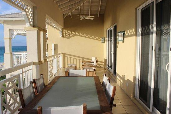 Alexandra Resort: Large deck