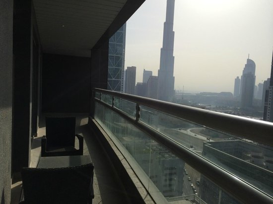 City Premiere Hotel Apartments : Burj Khalifa balcony view