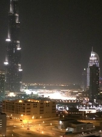 City Premiere Hotel Apartments : Dubai Fountain view at night