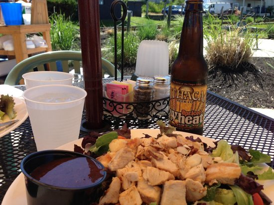 Captain Bill's Seneca Lake: the beer is good in wine country!