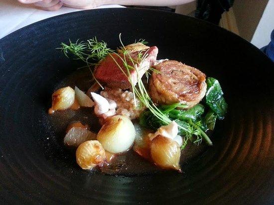 Mercure Warwickshire Walton Hall Hotel & Spa: Lamb on the spring menu - yum!