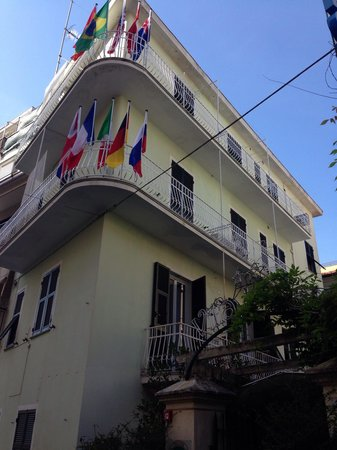 Hotel Villa Luisa : L'esterno
