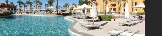 Stella Di Mare Beach Resort & Spa Makadi Bay: Am Pool