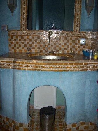 Riad Kenzo : our bathroom