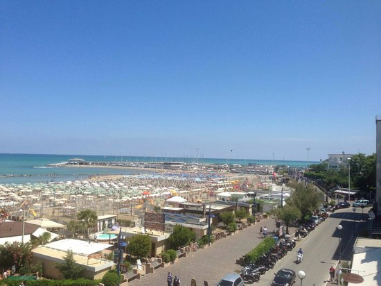 Park Hotel Cattolica: view from room to Gabicce Mare