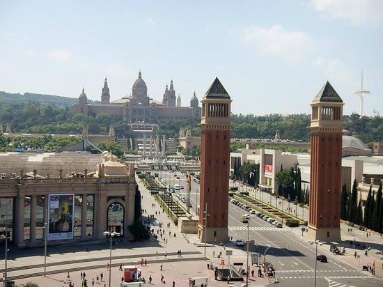 Plaza de España (Plaça d'Espanya): La place vue du haut des arênes