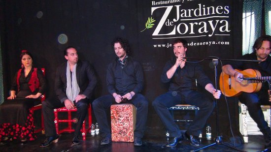 Jardines de Zoraya: Grupo de flamenco