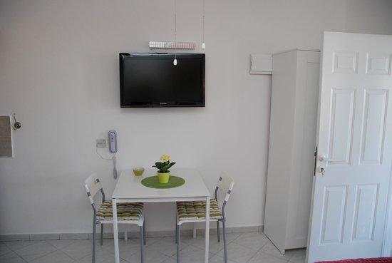 Villa 1000: Studio