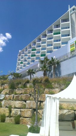 DoubleTree by Hilton Hotel Resort & Spa Reserva del Higueron: Hotel