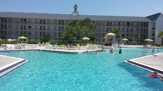 Avanti International Resort: Hotel Pool