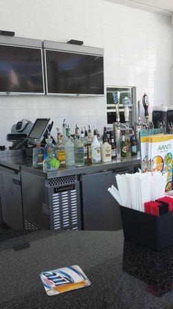 Avanti International Resort : Hotel Pool Bar