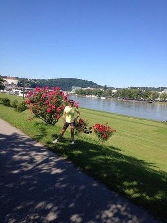 Hauptplatz : margem do Danubio em Linz, otimo lugar para correr