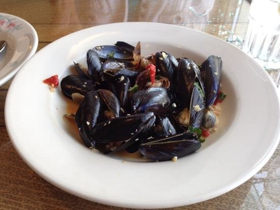 Cafe Langley: Penn Cove Mussels