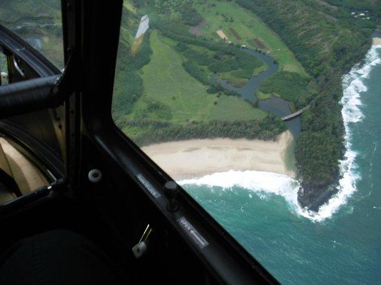 Mauna Loa Helicopters Tours : Na Pali Beach