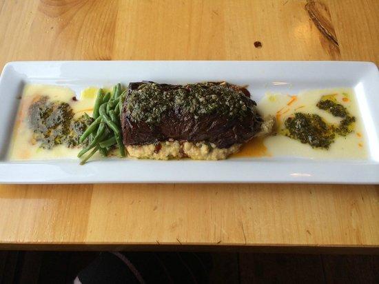 The Twin Lakes Inn: Argentine Steak. Yum!