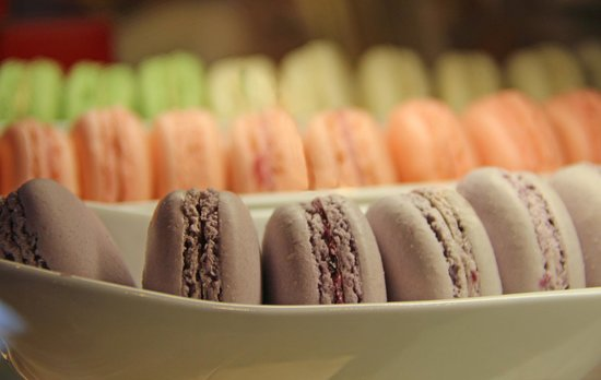 Roving Table: Macaroons