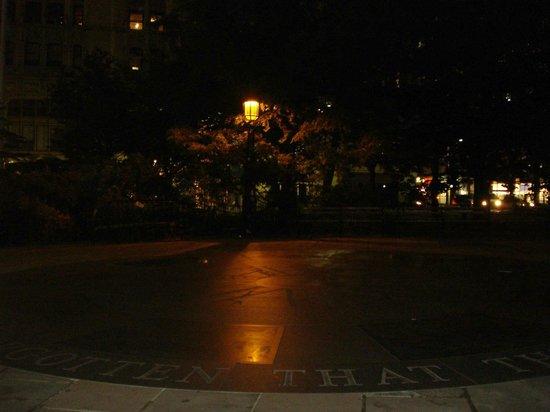 Ghosts, Murders and Mayhem Walking Tours of New York City: Lower Manhattan Tour