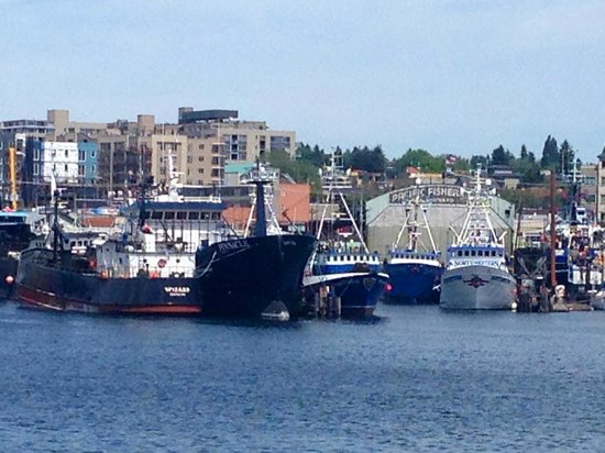 Argosy Cruises - Seattle Waterfront : The Maverick and the Northwestern from the Deadliest Catch.