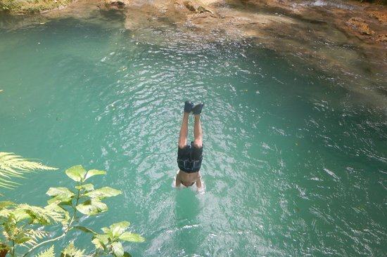 Liberty Tours Jamaica - Day Tours: Into the Blue Hole