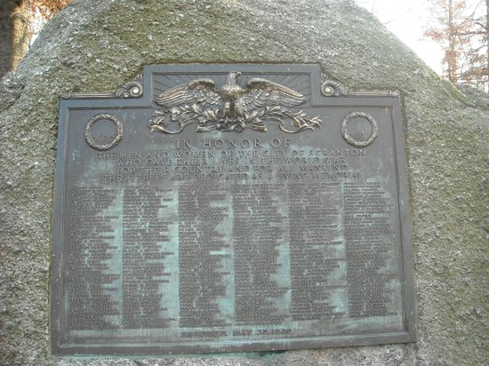 Nay Aug Park: World War One monument