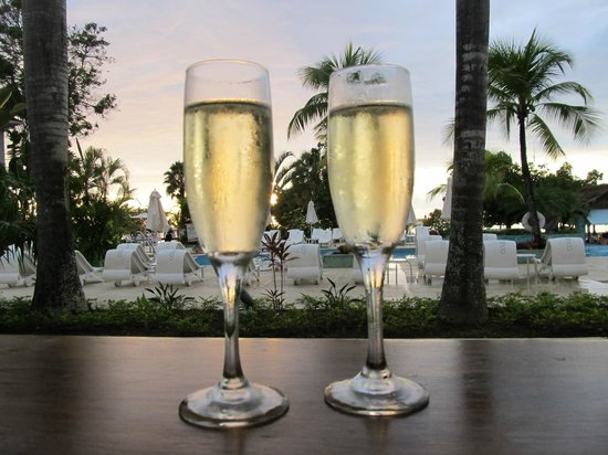 Couples Negril: Cheers!