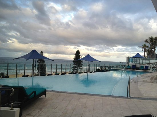 Peppers Soul Surfers Paradise: Outdoor pool