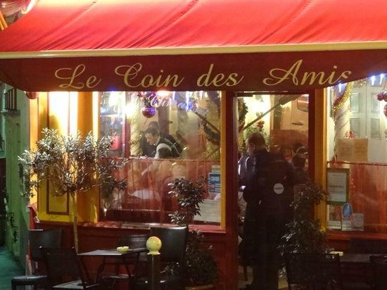 Le Coin des Amis: A fabulous little place for a wonderful meal...