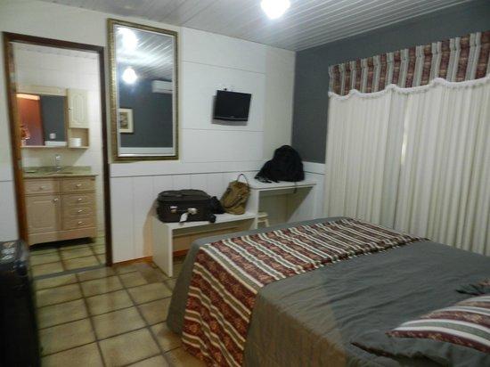 Pousada Bella Casa: Apartamento aconchegante, muito limpo, confortável e bem tranquilo.