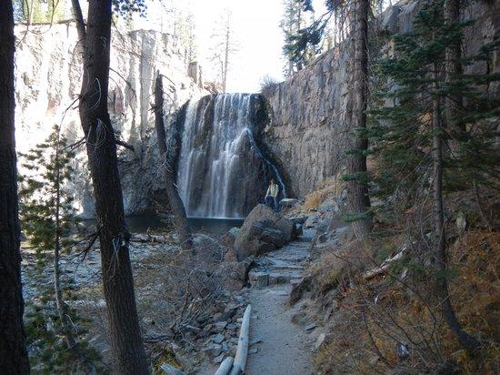 Devils Postpile National Monument: lower falls