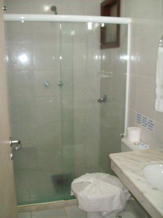 Pousada Porto Dos Milagres: Banheiro suíte n. 1