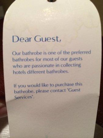 Swissotel Al Ghurair Hotel: Funny bathrobe note