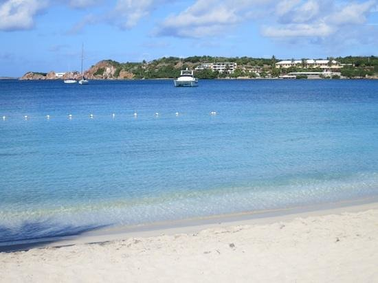 Emerald Beach Resort: beach view