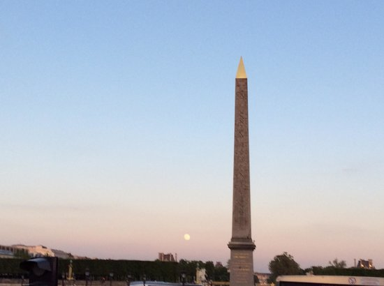 L'Open Tour: Obelisk at Place de la Concorde