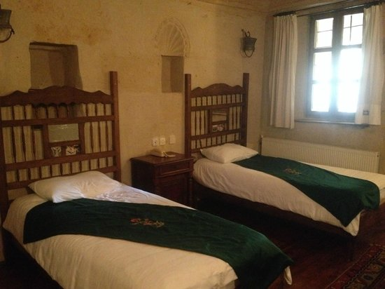 Urgup Evi Guest House: 2 bed room